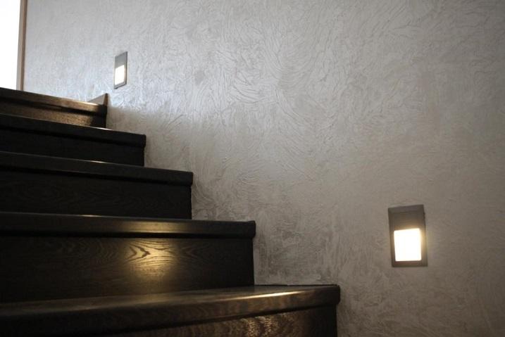 Светиьник для освещения лестниц и пола J03A (встраивается в стену)