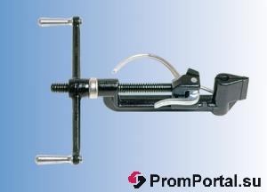 Машинка для стяжки, фиксации и обрезки стальной бандажной ленты