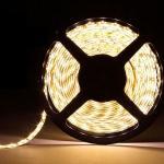 Герметичная светодиодная лента теплого белого свечения 5050 600 LED, IP 65, 28,8 Вт/м, 24V