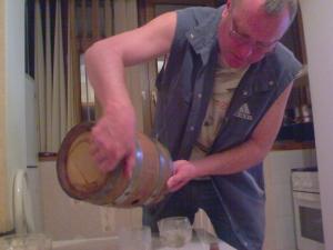 Бочки из скального дуба для вина, коньяка. Превратите самогон в домашний виски!