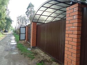 Строительство заборов, секционные ворота, автоматические ворота, навес