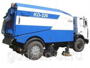 Подметально-уборочная машина КО-326