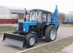 Экскаватор-бульдозер ЭО-2621 на базе трактора МТЗ 82.1
