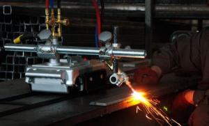 Механизация работ по раскрою листового металла