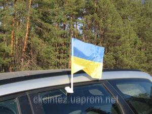 Флаг Украины на автомобиль