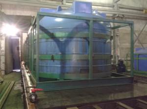 Емкости для хранения и транспортировки агрессивных химических сред (до 1,4 г/см3), усиленные
