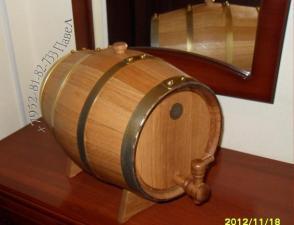 Бочка дубовая для квартиры на 15 л под вино, коньяк, виски