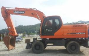 Колёсный экскаватор Doosan DX210W