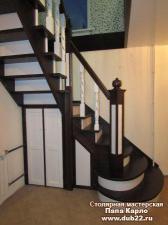 Двухцветная лестница в Шипуново.