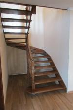 Заказать деревянную лестницу в Барнауле