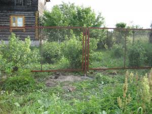 Забор из сетка рабица в рамке