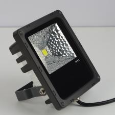 светодиодный прожектор 10Вт