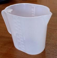 Кружка мерная пласитковая 1литр