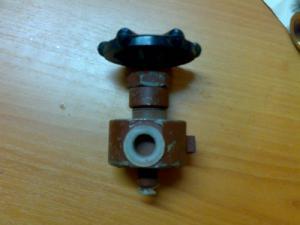 Вентиль трехходовой запорный 1093-10-0 Ду10 Ру137 к установкам ППУА 1600/100, ППУ 1600/100, АДПМ-12/150, запчасти