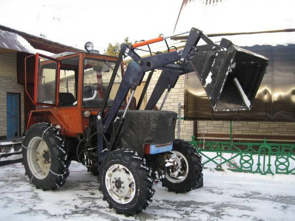 КУН на трактор Т-25/Т-30 с ковшом - фото, цены.