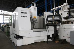 Обрабатывающий центр - вертикальный Hurco BMC 30