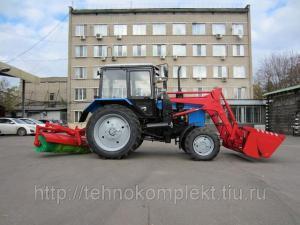 Трактор Беларус 82.1 Щетка, погрузчик, коммунальный отвал