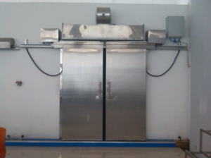 Теплоизоляционные ворота для холодильных складов и камер