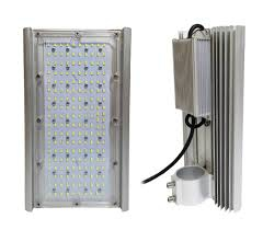 Светодиодный прожектор Диора 90 стрит