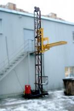 Подъемник мачтовый грузовой строительный ПМГ г/п 630 кг