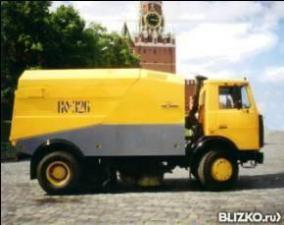 Подметально-уборочная машина КО-326 на шасси МАЗ-5337