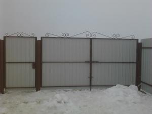 Распашные ворота и калитка
