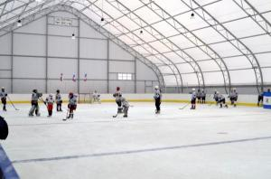 Производство и монтаж хоккейной коробки из ПНД, стеклопластик, фанера, ПВД