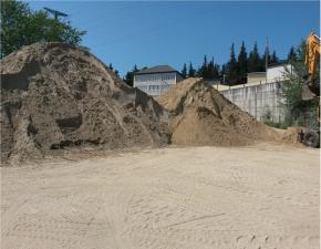 Продаем песок с доставкой по Сочи от 1 тонны