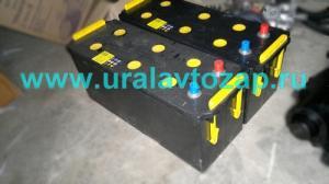 Аккумуляторная батарея 6СТ-132 (залитый, заряженный)