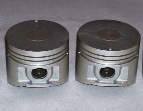 Поршни и кольца на двигатель Nissan H20.
