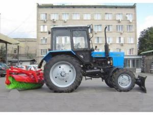 Уборочная машина КМ-82 БГ/БР