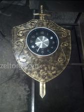 Часы кованые