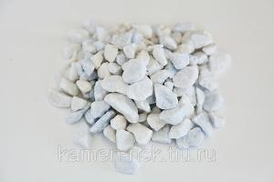 Щебень мраморный белый, фр.10-20мм., в МКР по 1 тн и в мешках по 25 и 50 кг