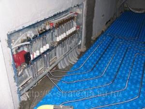 Гибкие гофрированные нержавеющие трубы для водяных теплых полов.