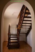 Маршевая интерьерная лестница