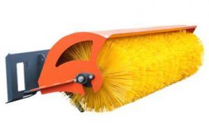 Поворотная дорожная щетка для мини-погрузчика с ситемой полива и гидроповоротом с рабочей шириной 1400 мм и диаметром 550 мм