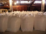 Сода кальцинированная в мешках (25,40 кг), в МКР м А, м Б, в картонных пачках (0,6 кг)