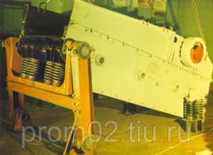 Инерционный грохот тяжелого типа ГИТ-42