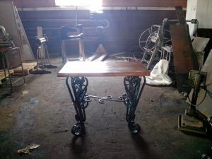 Стол кованый С2