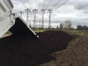 Чернозем, торф, навоз, перегной, грунт, земля в мешках и навалом