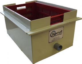 Сепаратор пера. Корзина для сбора и фильтрации пера, очистков корнеплодов, лука и тд. от воды.